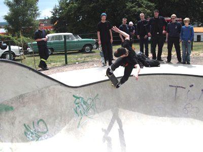 Einrichtung eines Skate-Bowls im Stadtteil Kaldauen